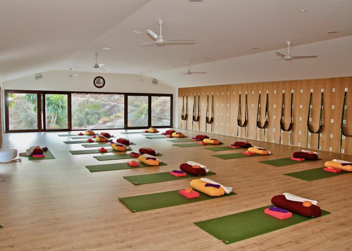 Santillan Carlo E Yoga studio